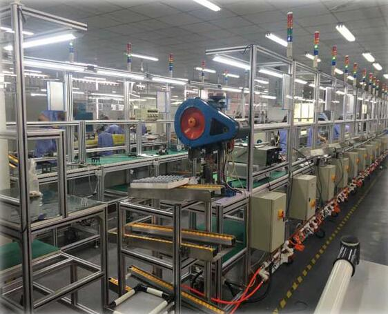 AN AUTOMATIC PRODUCTION LINE FOR 41 GEARBOX